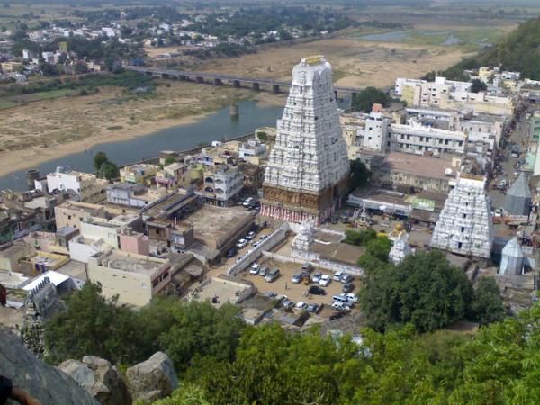Kalahasti_temple1.png